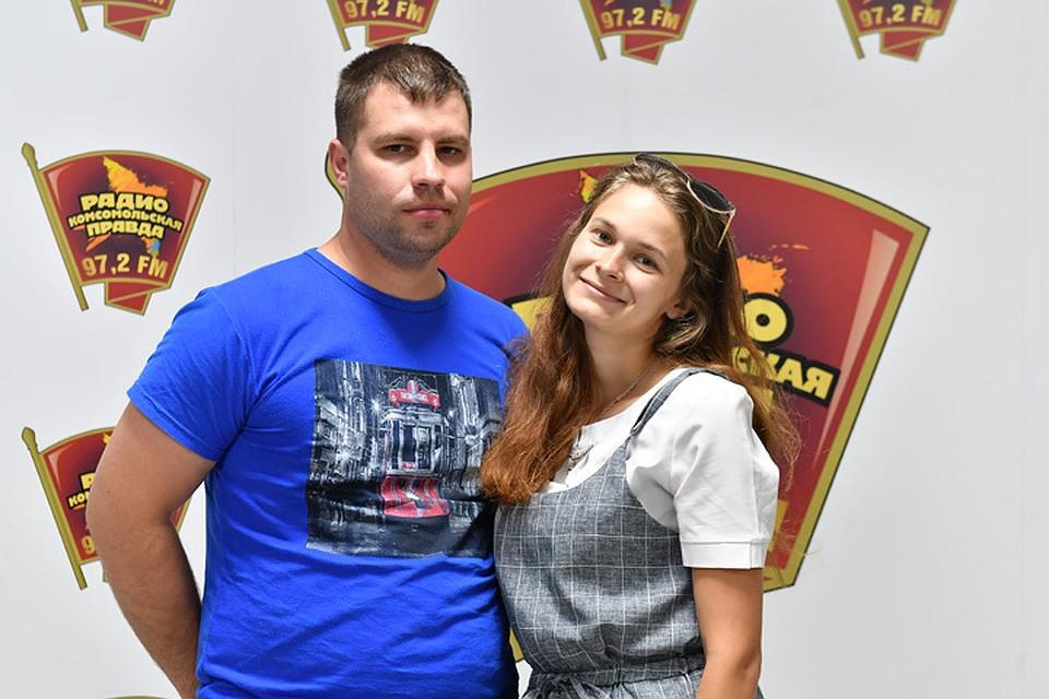 Илья Крюков сделал предложение Юлии Гориной в прямом эфире радио «Комсомольская правда»