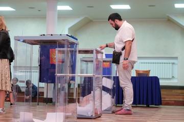 Почему в Санкт-Петербурге до сих пор не подвели итоги муниципальных выборов
