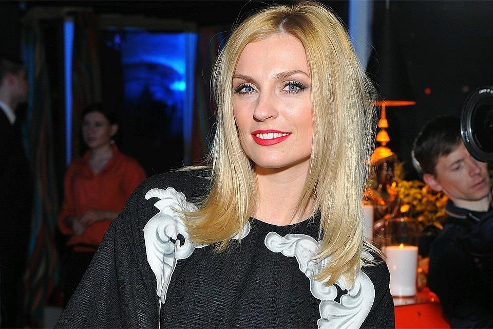 Саша Савельева родила сына Леона 27 марта в одной из московских клиник