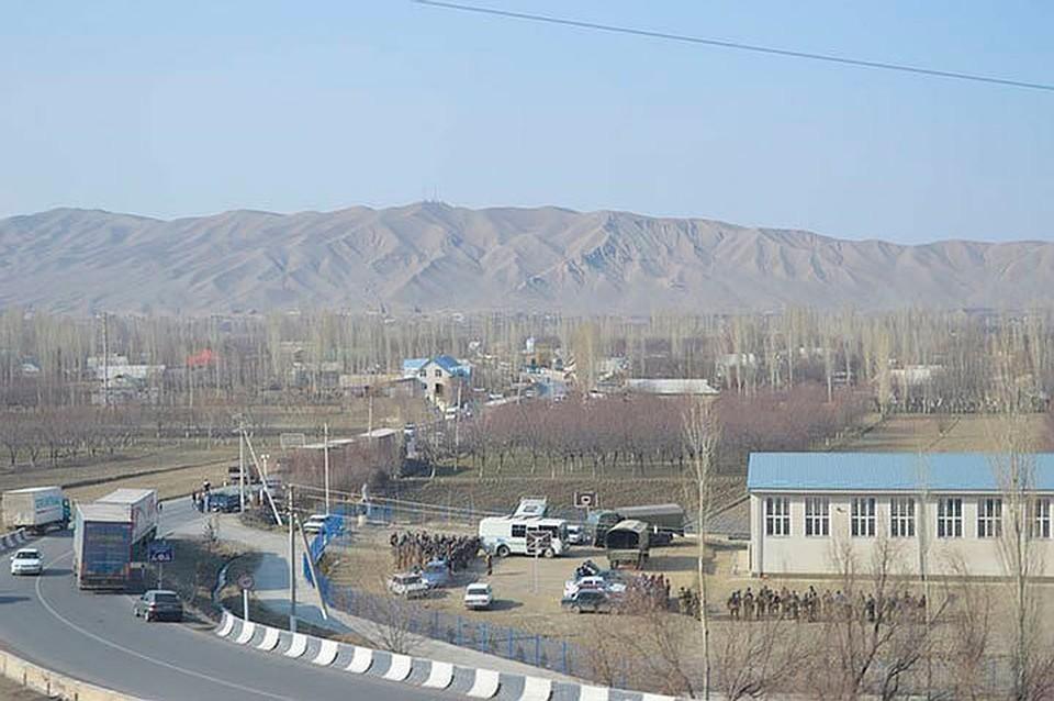 Причиной конфликта стало проведение строительных работ на спорном участке.