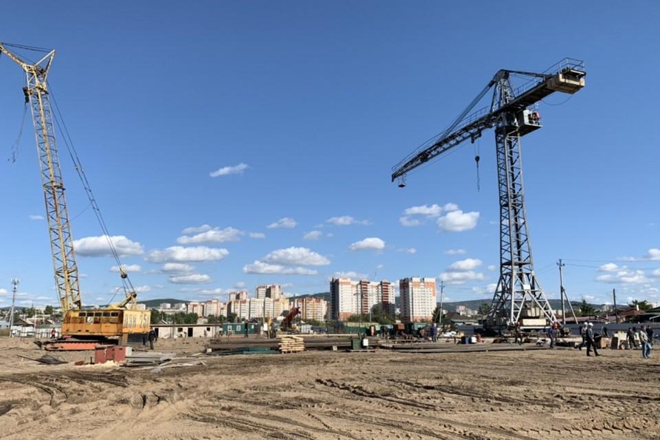 Строят фундамент новой школы. Фото: пресс-служба правительства Забайкальского края