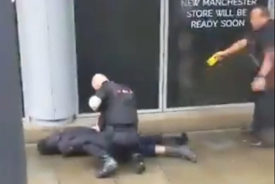 Полицейские задержали нападавшего с помощью электрошокера