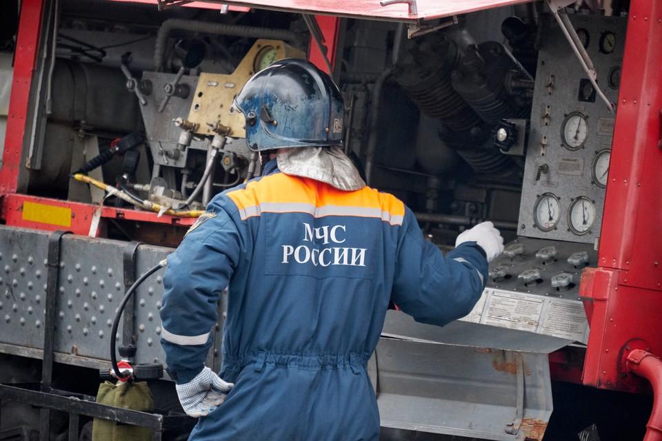 В ночь на воскресенье в Петербурге сгорела иномарка бывшего игрока СКА.