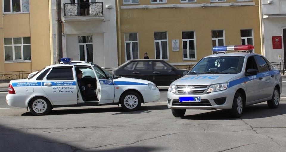 В Смоленске суд отправил в колонию полицейского, насмерть сбившего женщину.