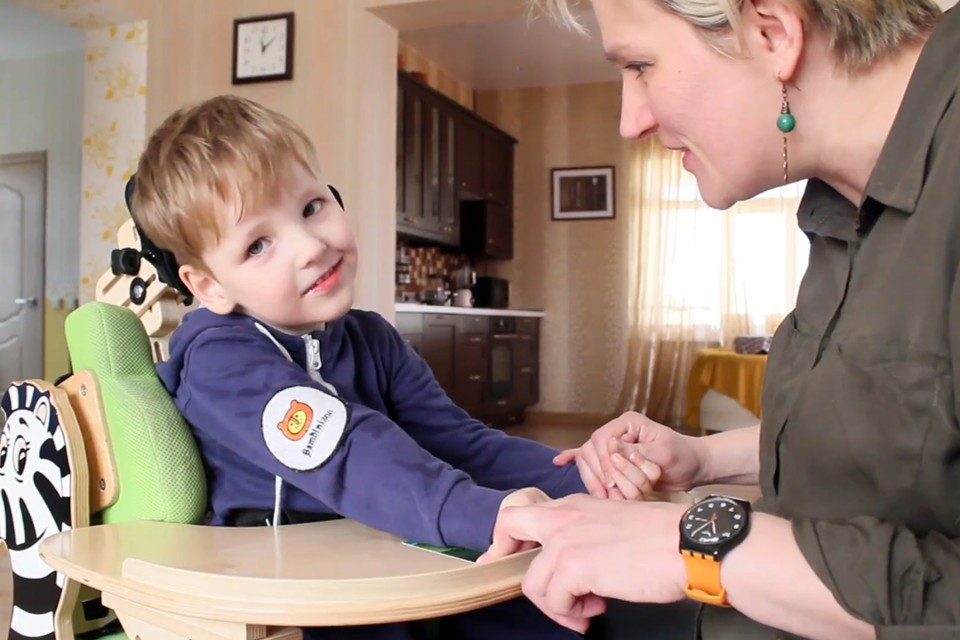 Ваня Волков, шестилетний мальчик, живет в Екатеринбурге и всю свою жизнь борется с ДЦП.