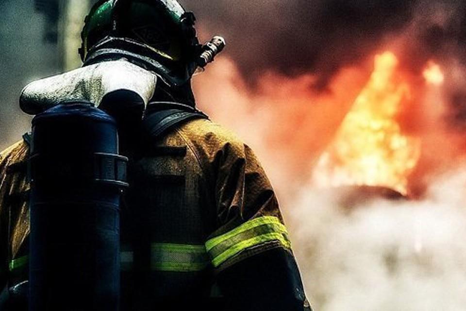 Пожар вспыхнул около полуночи. Фото: facebook.com