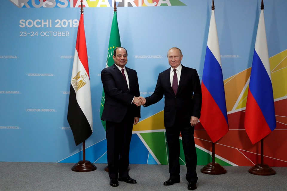 Самой горячей темой переговоров Путина и Сиси было, конечно, возобновление авиасообщения между Россией и Египтом.