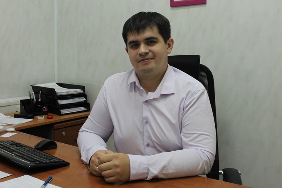 """Олег Агарков - администратор площадки в колледже - сможет принимать экзамен, так как является менеджером компетенций """"Ворлдскиллс"""""""