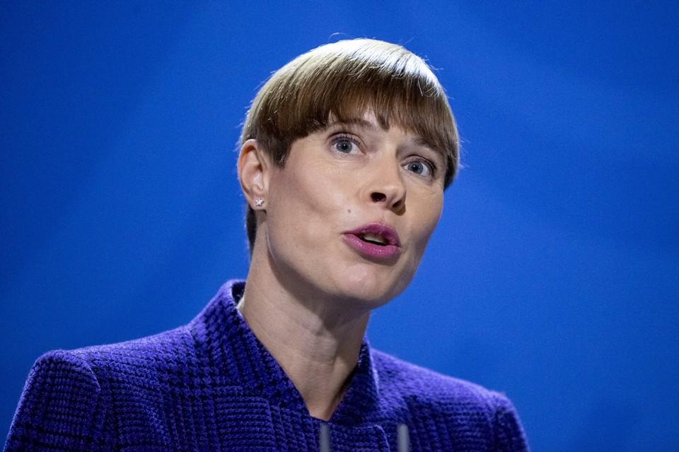 Президент Эстонии Керсти Кальюлайд возможно откажется от поездки в Москву на торжества по случаю 75-летия Победы.