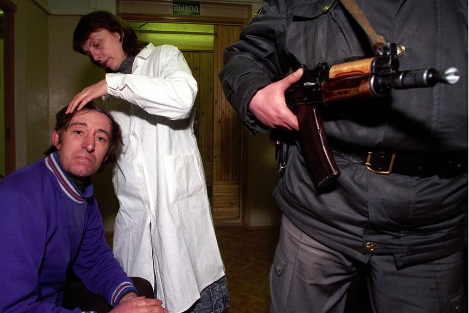 Спустя много лет депутаты Госдумы пришли к выводу, что вытрезвители - это вовсе не пережиток советского прошлого, а штука по нынешним временам необходимая.