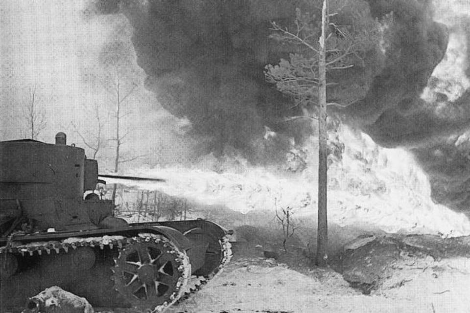 Советский огнеметный танк ХТ-26. На них устанавливались фугасные огнеметы, подобные тем, с которыми имел дело Виктор Бухвалов.