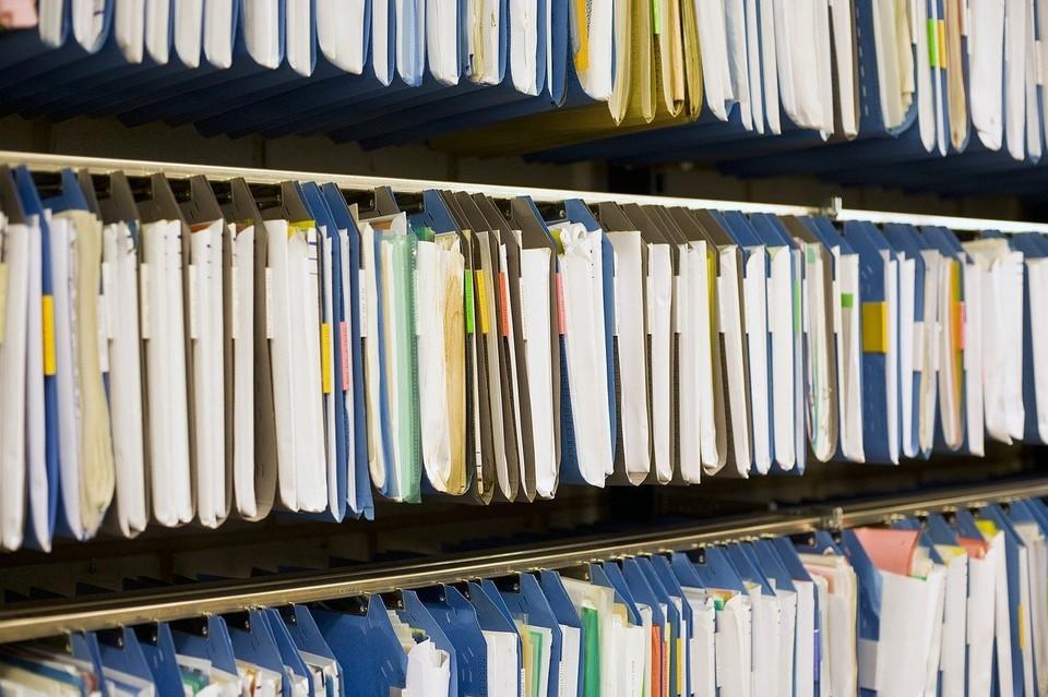 Только за 2019 год тюменцы по различным причинам не забрали 27,5 тысяч важных бумаг. Фото Ro Ma с сайта Pixabay