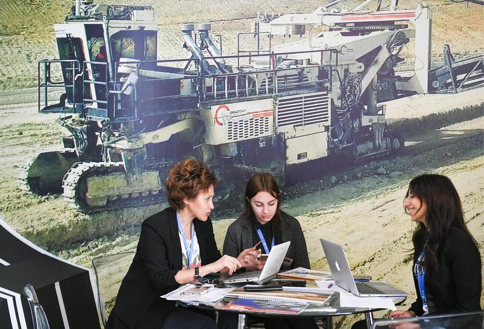 Вопрос о лизинговых программах очень актуален для многих предпринимателей Крыма Фото: Росконгресс