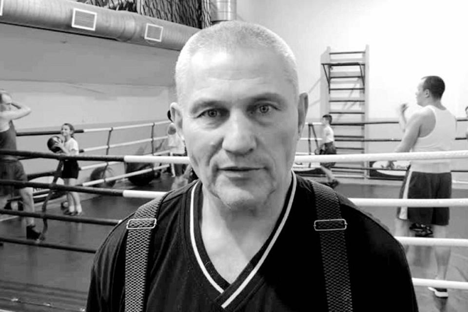 В Петербуге умер тренер по боксу Нирколай Исаев. Фото: vk.com/spbboxing