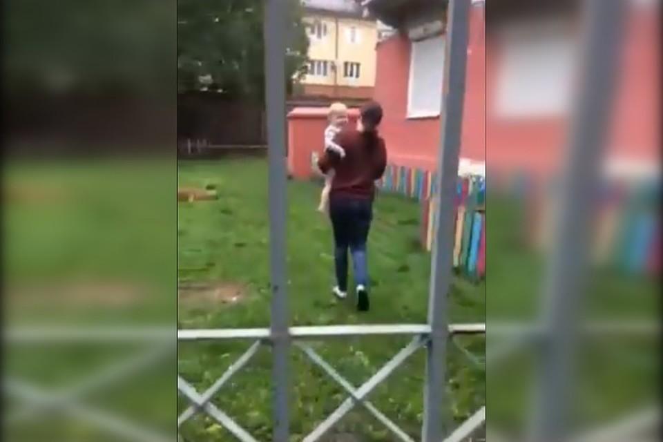 """Фото: скрин с видео, которое """"КП"""" предоставили родители частного детского сада в Перми."""