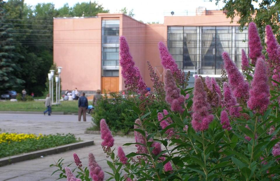 Сквер перед ДК «Приокский» – идеальное место для размещения монументов