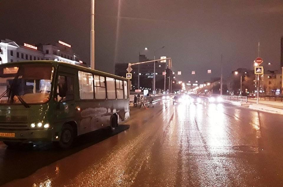 В первом ДТП пострадал молодой парень. Фото: отдел пропаганды ГИБДД по Екатеринбургу