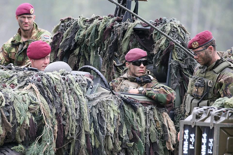 Военнослужащие НАТО во время учений Альянса в Польше.