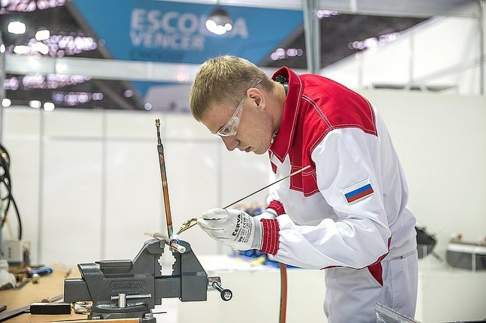 Соревнования по стандартам WorldSkills позволяют молодым людям узнать, кто круче владеет своей профессией.