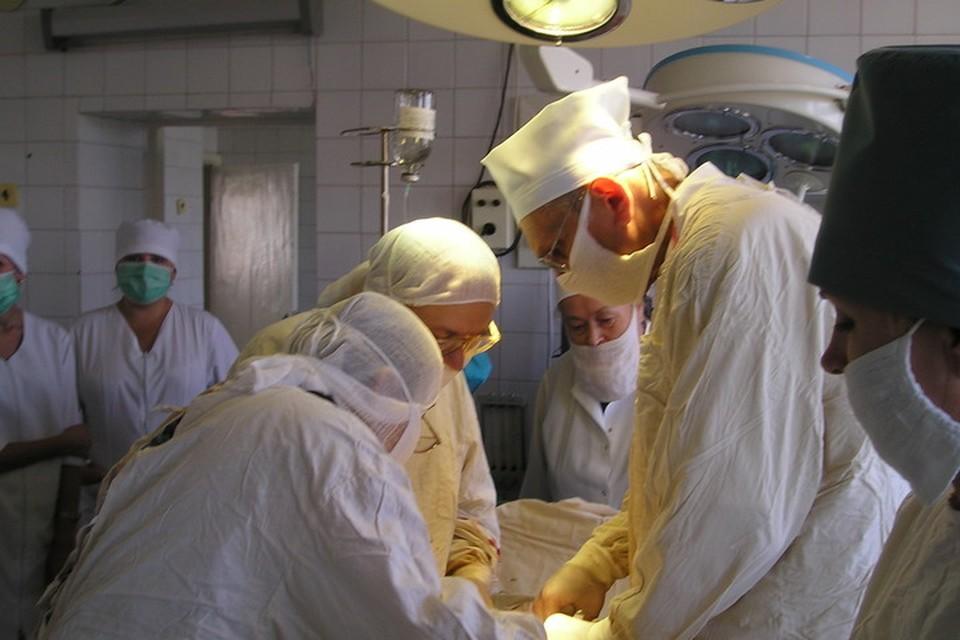 В Донецке создают музей выдающемуся хирургу-онкологу Григорию Бондарю. Фото: из архива Народного дома-музея имени академика Григория Бондаря