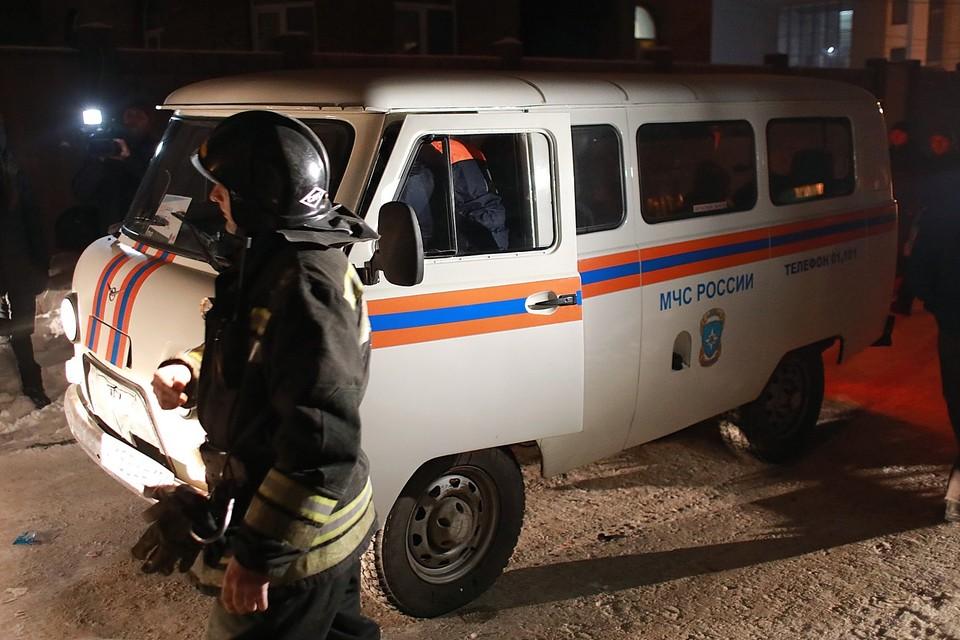 Рабочего в Красноярске насмерть задавило упавшей кабиной грузовика.