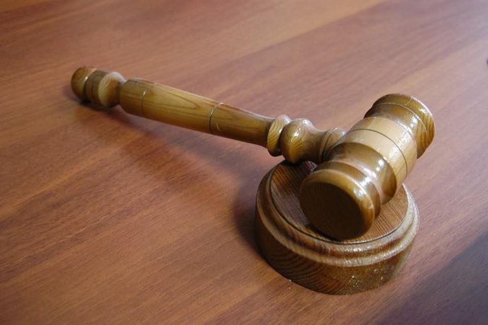 Преступник пытался убедить клиентов, что он добросовестный работник.