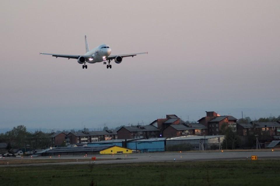 Напились так, что не смогли взойти на борт: семерых бурят не пустили на рейс Хабаровск-Иркутск