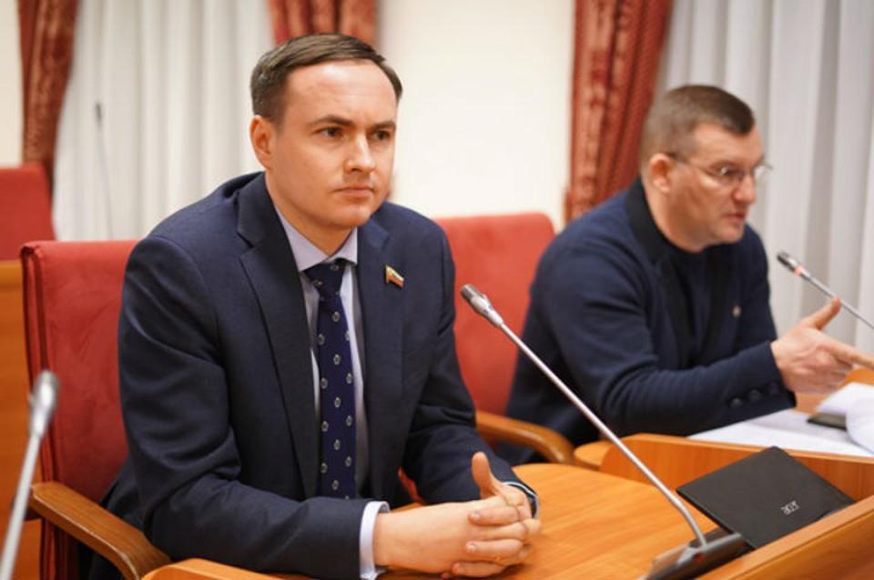 Документ устанавливает запрет на продажу некурительных смесей. ФОТО: Ярославская областная дума