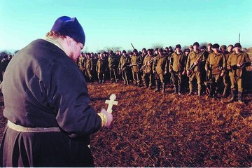 Почему Лебедь согласился заключить Хасавюртовский мир и как поменялось отношение к нему в армии