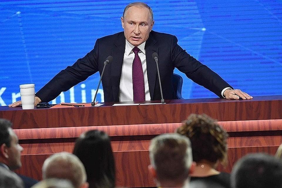 Владимир Путин уволил пять генералов