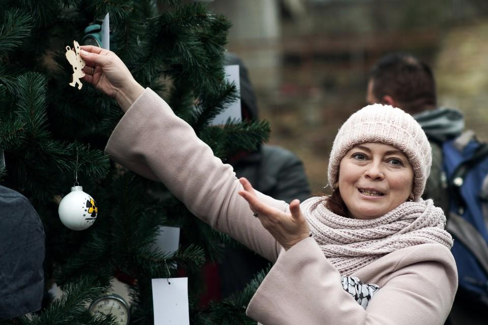 26 декабря в Припяти впервые за долгие годы нарядили новогоднюю елку.