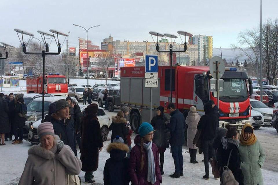 Торговый центр «Индиго» эвакуировали в Нижнем Новгороде. ФОТО: Анна Вингурт