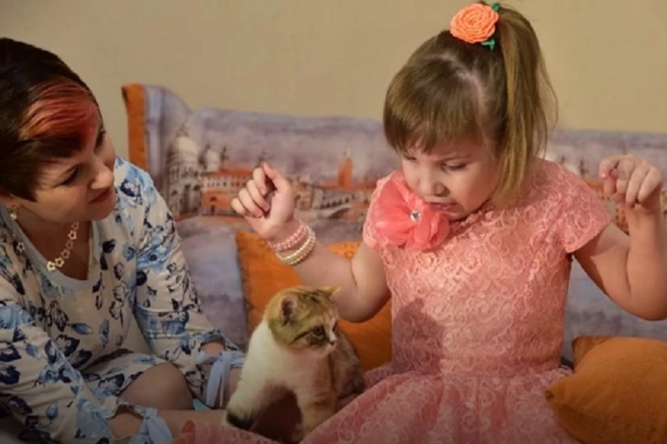 Ямальская девочка с ДЦП поблагодарила губернатора за подарок стихами Фото: правительство ЯНАО