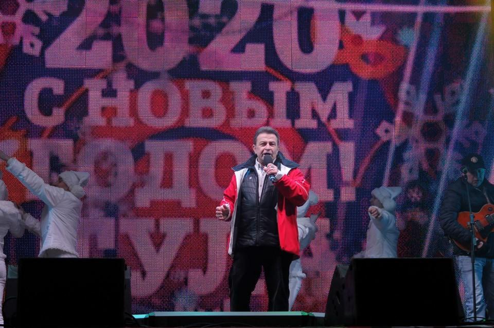Заслуженный артист РФ Аркадий Хоралов выступил для туляков