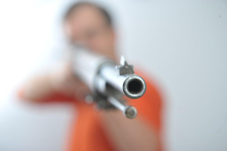 Ивановец пристрелил соседа, который перекидывал снег на его тропинку