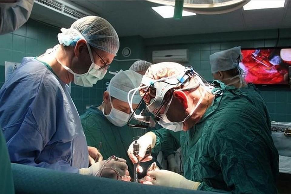 В 2006 году женщине удалили опухоль мозга