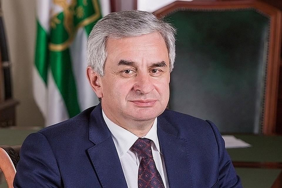 Рауль Хаджимба. Фото: пресс-служба главы республики
