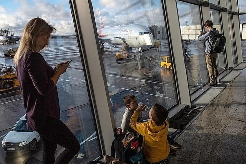 В Хабаровском крае ищут мать брошенных в аэропорту Шереметьево детей