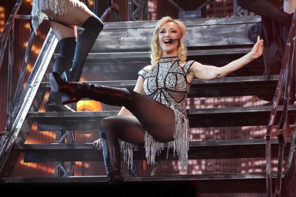 Репетиции концертной программы, премьера которой намечена на май в Кремлёвском дворце, закончились для Кристины Орбакайте серьёзной травмой.