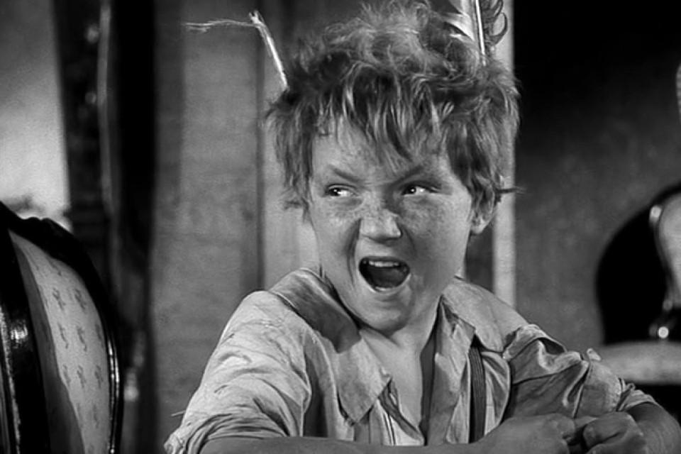 В фильме «Вождь краснокожих» мальчишка-хулиган легко справился с двумя разбойниками. Фото: стоп-кадр.