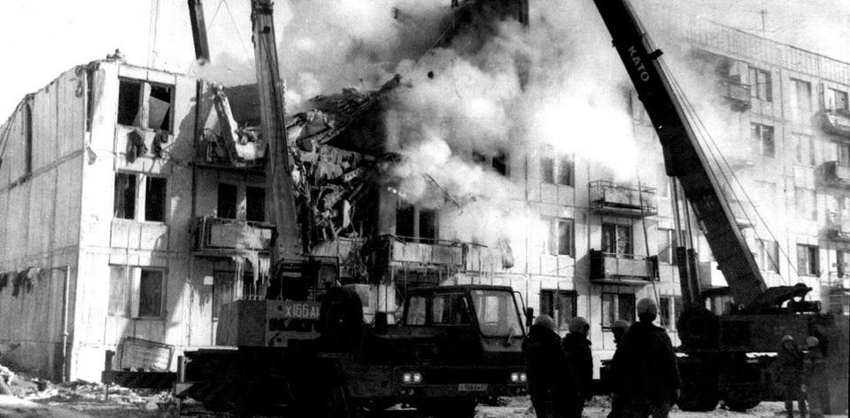 8 февраля 2000 года взрыв газа в жилой пятиэтажке унес жизнь 13 человек