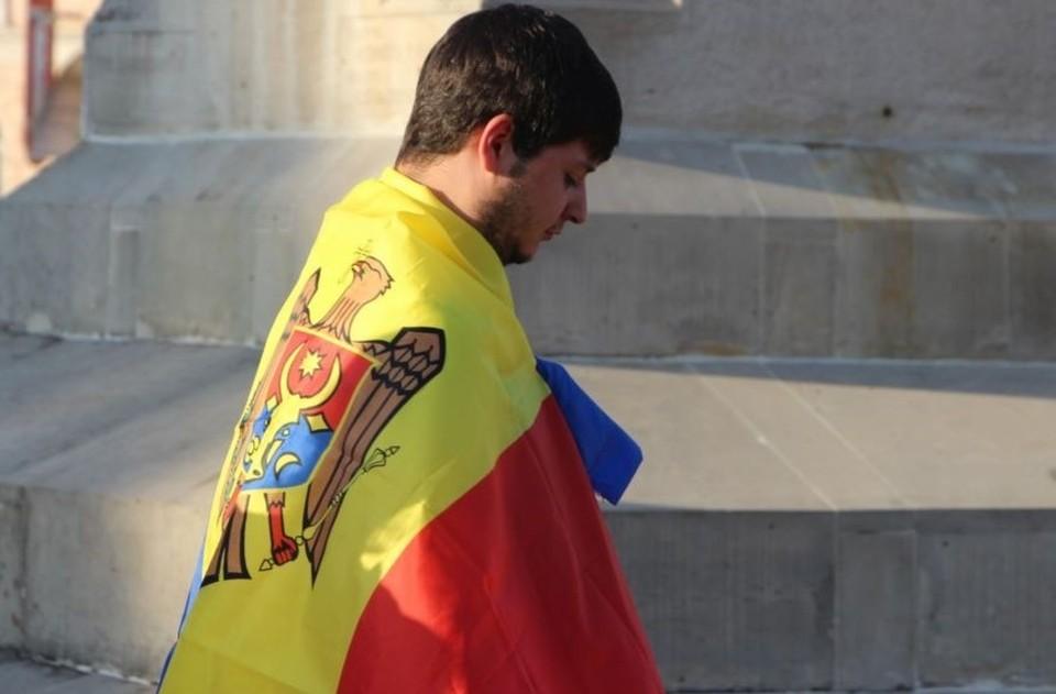 Прием заявлений на румынское гражданство для жителей Молдовы приостановлен. Фото: moldova.europalibera.org
