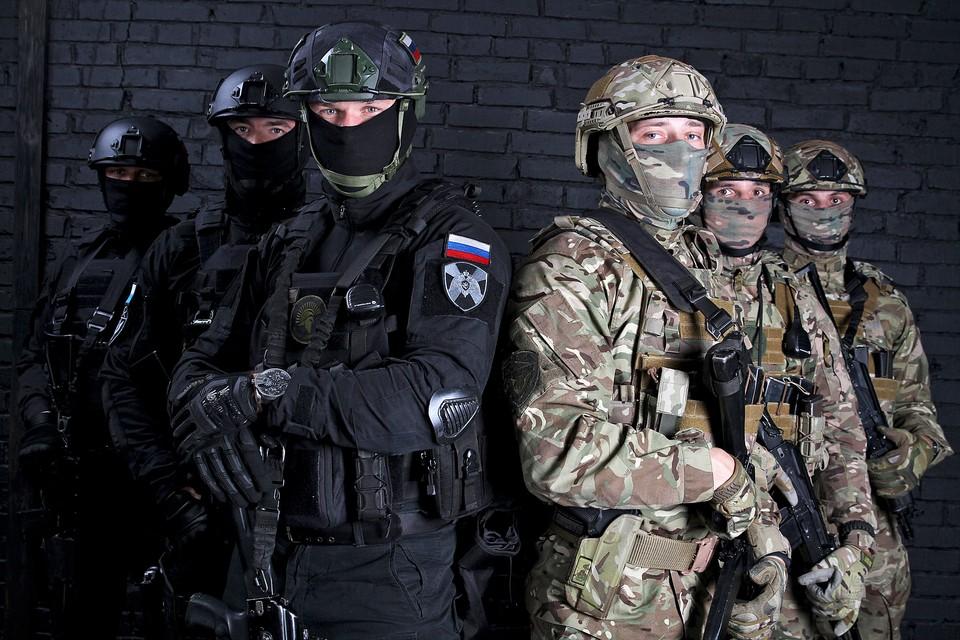 Фото корреспондентского отдела журнала «На боевом посту» ВНГ РФ