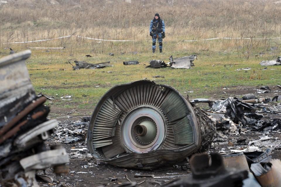 """Голландский журналист Макс Ван дер Вефф, автор фильма о катастрофе малазийского """"боинга"""" над юго-востоке Украины 17 июля 2014 года, опубликовал ряд документов по расследованию крушения."""