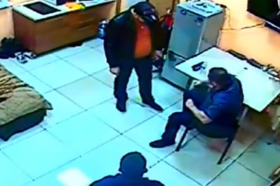 Иркутский бизнесмен вместе с сыном похитил человека ради недвижимости на 300 миллионов рублей. Фото: СУ СК России по Иркутской области