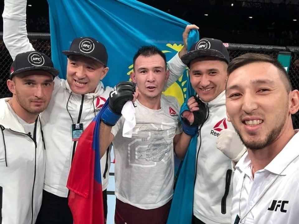 Саят Абдрахманов и Дамир Исмагулов, первый казахский боец в UFC.
