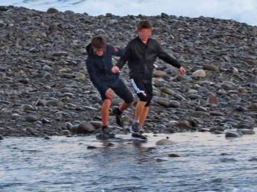 «Они не чувствовали себя в опасности»: в Сочи продолжаются поиски унесенных в море детей