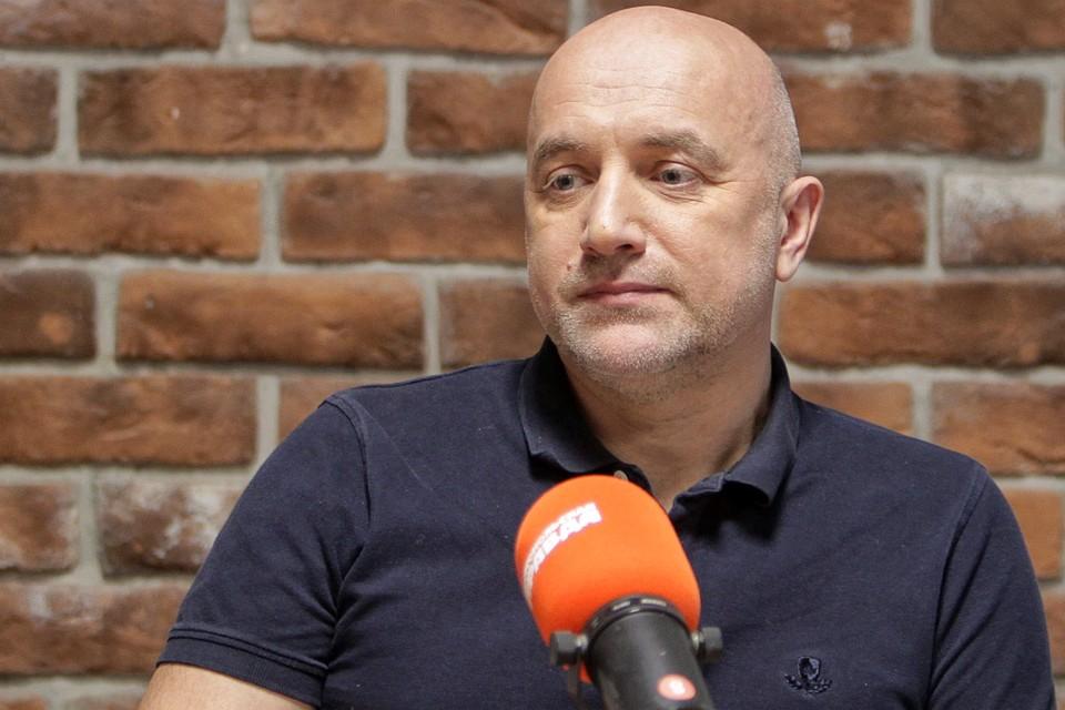 """Захар Прилепин в студии Радио """"Комсомольская правда""""."""