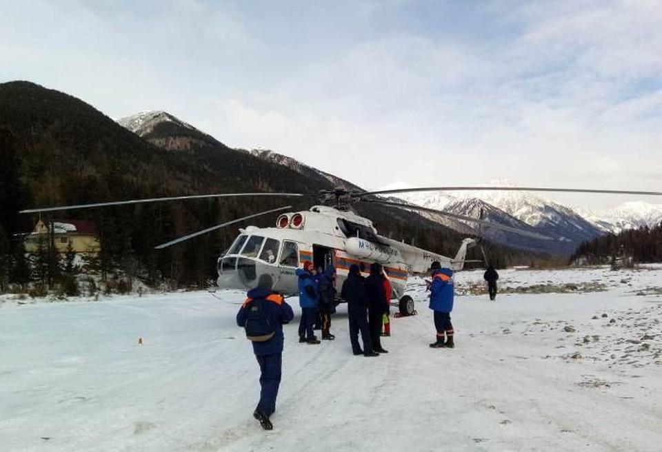 Двое туристов пострадали при восхождении на горный перевал в Бурятии.