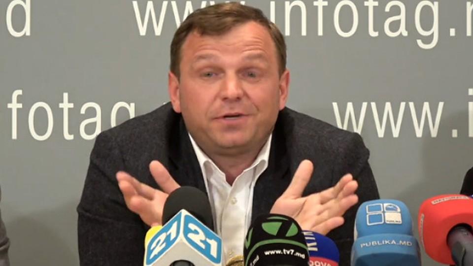 Хроника пикирующего Нэстасе: Какой ты, на фиг, президент Молдовы?